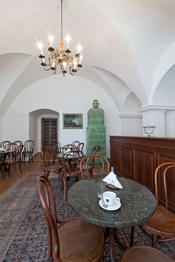 coffee-rakoczi-castle-02